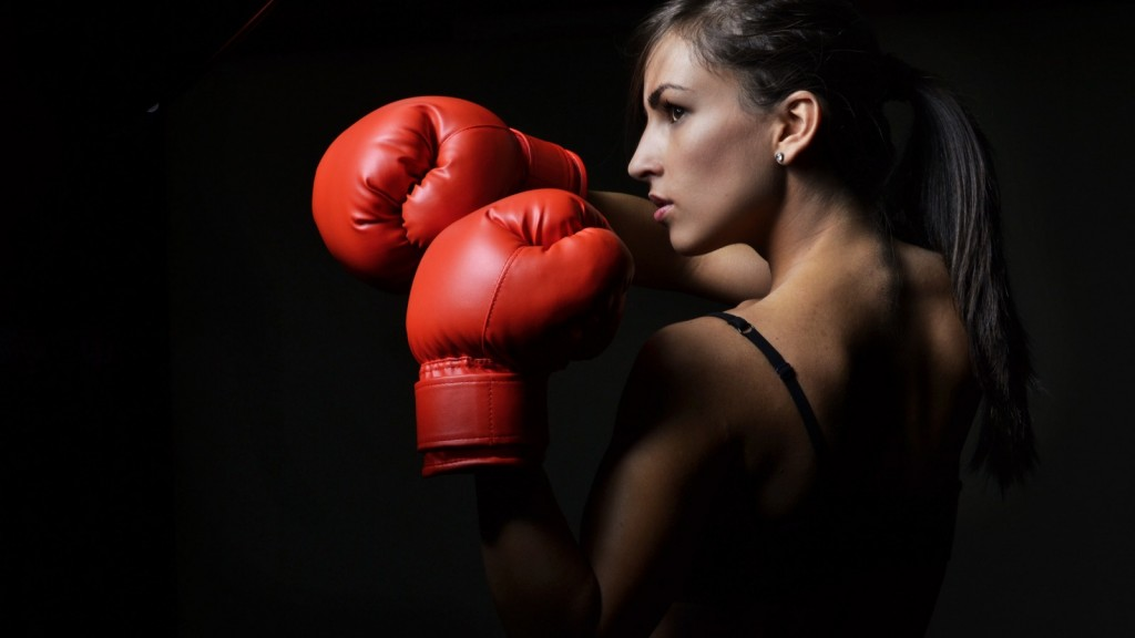 boxing-woman-defensive-pose