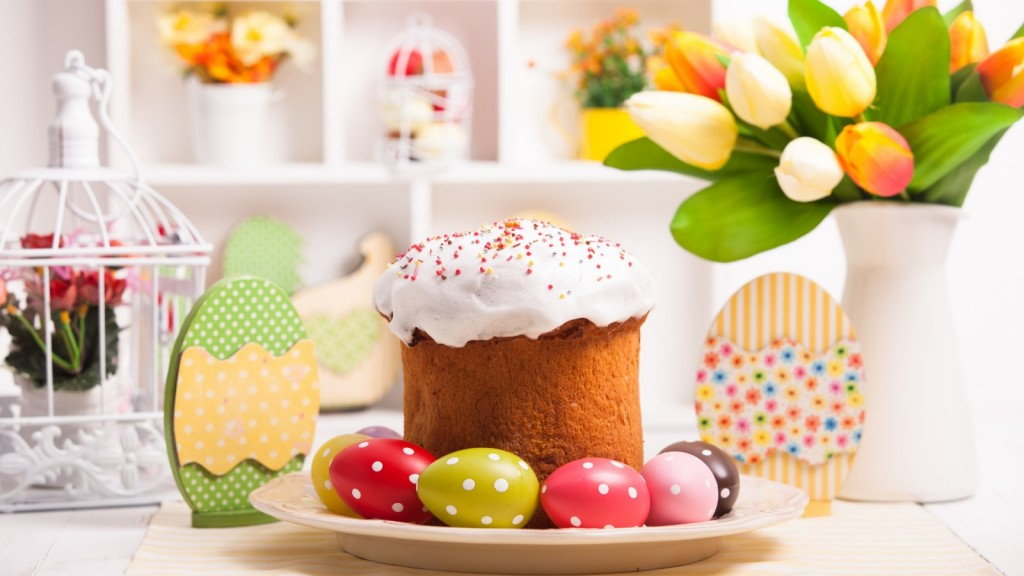 easter-cake-eggs-tulips-1803