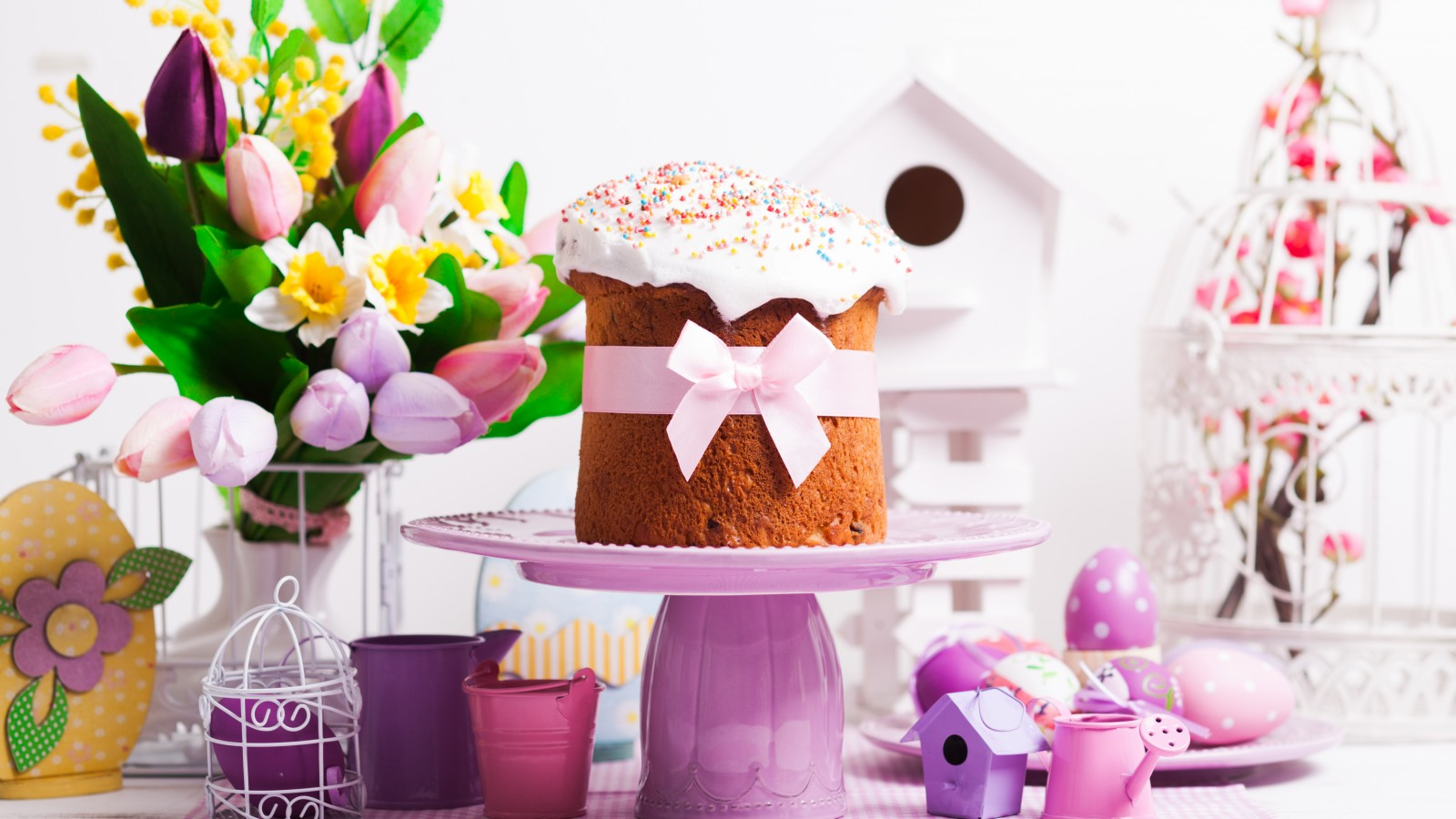 easter-cake-eggs-tulips-6172