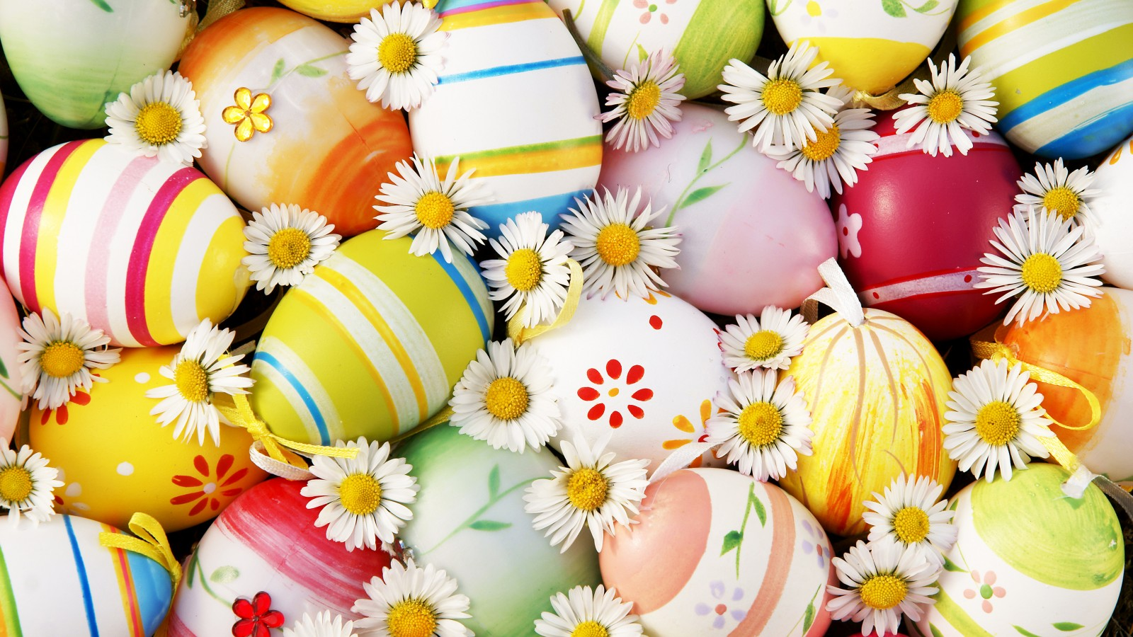 easter-eggs-flowers-pasha