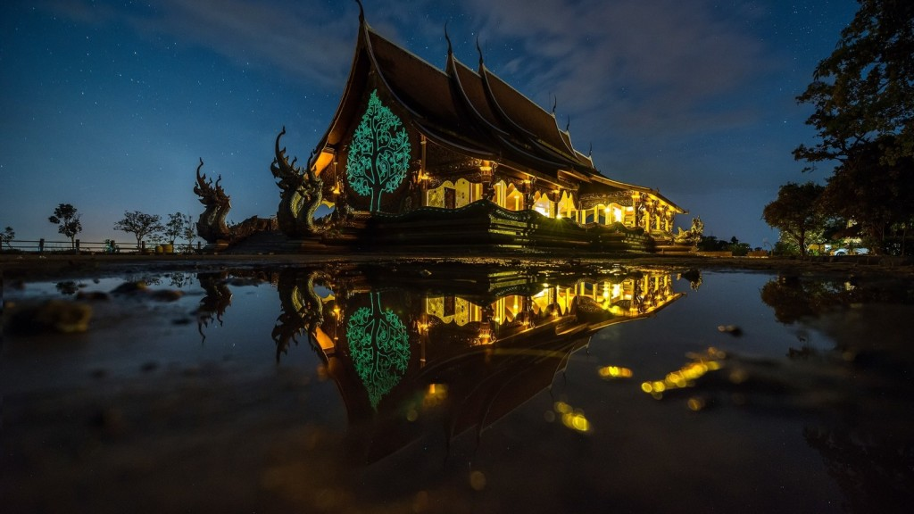 travel-thailand-castle-night