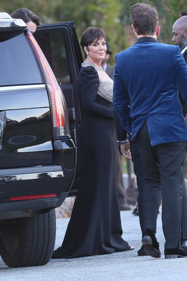 Newport, RI  - Celebrities guests arrive to Jennifer Lawrence and Cooke Maroney's wedding in Newport, Rhode Island. Pictured: Kris Jenner BACKGRID USA 19 OCTOBER 2019  USA: +1 310 798 9111 / usasales@backgrid.com UK: +44 208 344 2007 / uksales@backgrid.com *UK Clients - Pictures Containing Children Please Pixelate Face Prior To Publication*