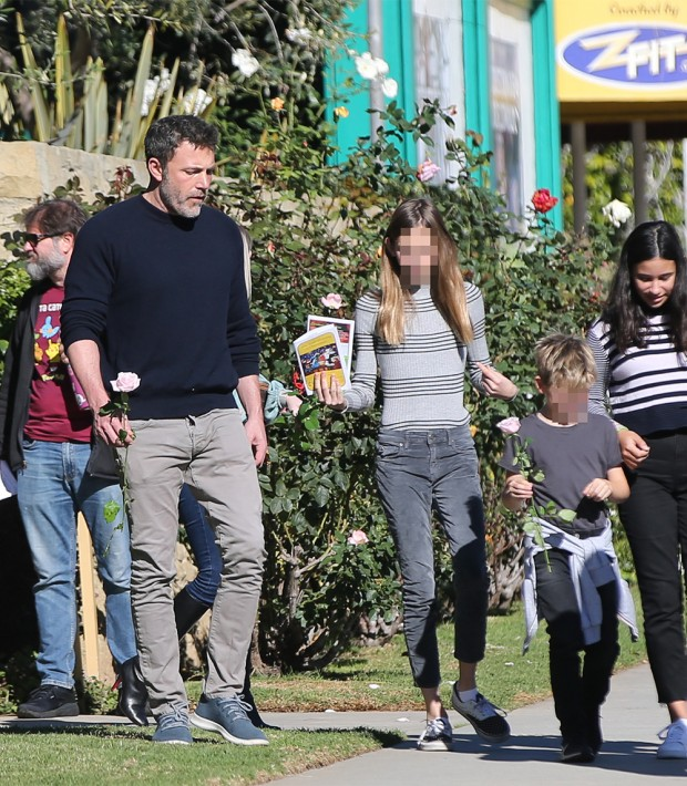 Ben Affleck Heads To Church With His Family And Jennifer Garner But Leaves With A Split Family